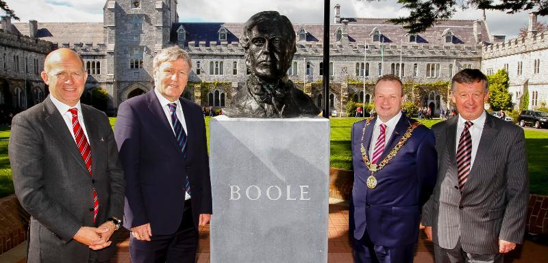 Ambassadors at the boole bust unveiling